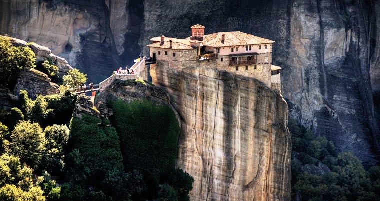 Los Monasterios de Meteora suspendidos en el cielo