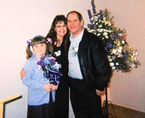 Testimonio sobre como una prueba de amniocentesis y un equipo médico pro aborto pueden arruinar un matrimonio [2011-11-18]