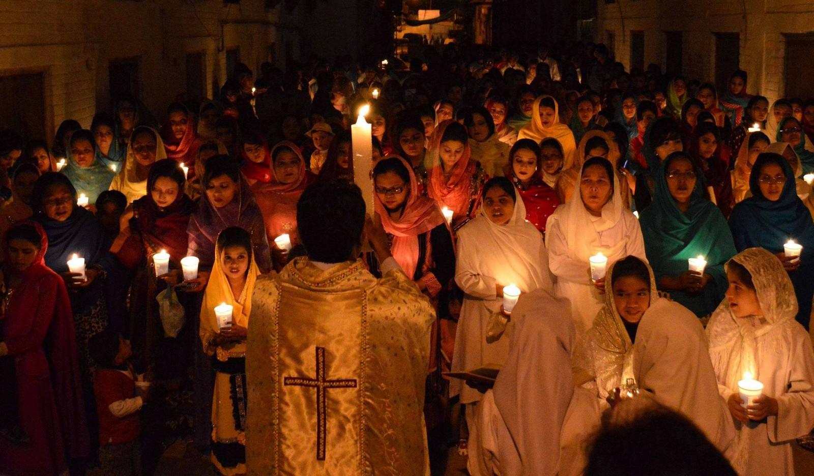 ¿Por Qué los Cristianos están Desapareciendo de Medio Oriente? [¿quién está Realmente atrás de esto?]