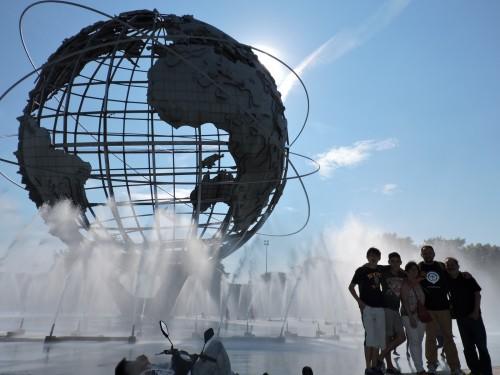 escultura del globo terraqueo fondo