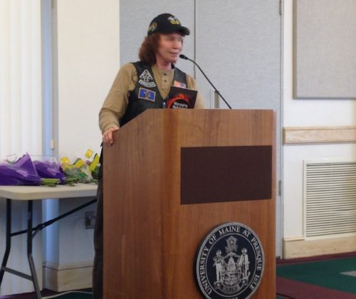 Deborah Lipsky en conferencia