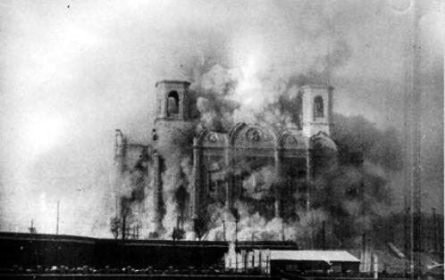 destruccion de la catedral de san pedro y san pablo