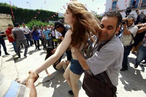feministas de femen detenidas en tunez