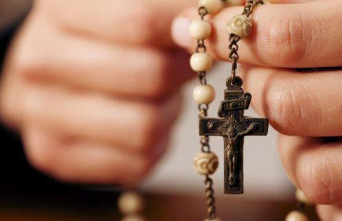El rosario en un tiempo de distracciones