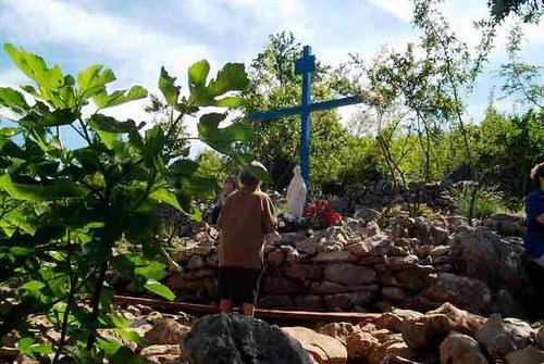 cruz azul de medjugorje
