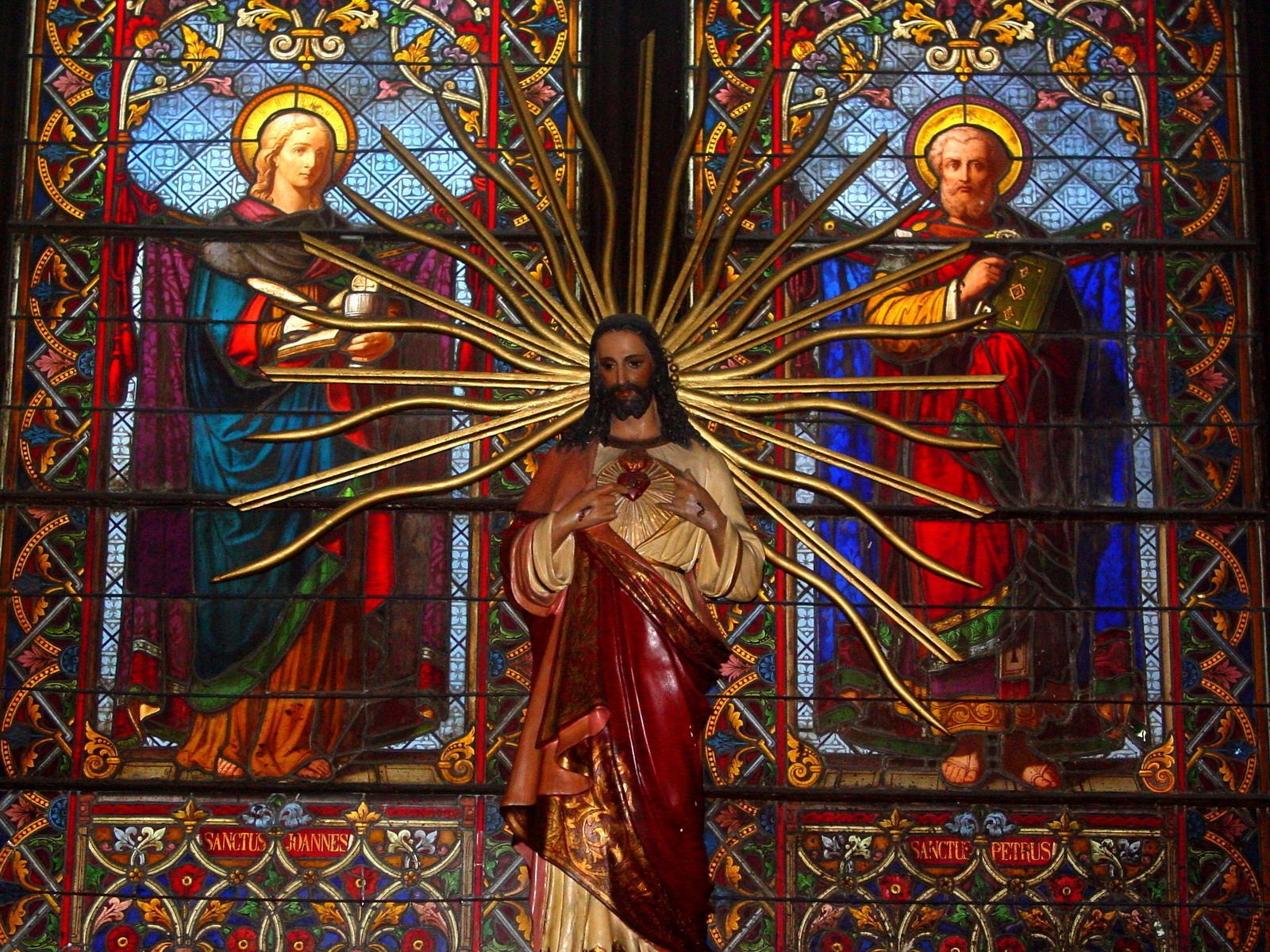 Las Apariciones de Jesús para Desarrollar la Devoción a Su Sagrado Corazón