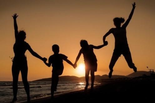 familia con padres del mismo sexo