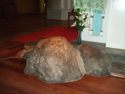 roca piedra que piso la virgen en siluva