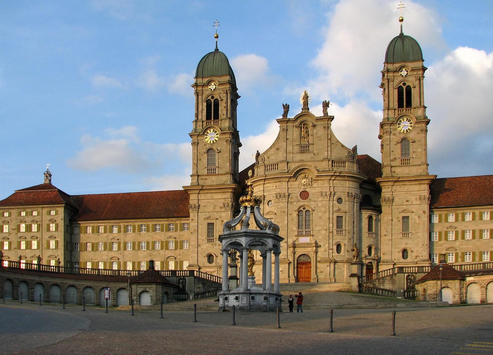 La Gran Peregrinación Mariana de Suiza: Nuestra Señora de Einsiedeln, Suiza (14 sep)