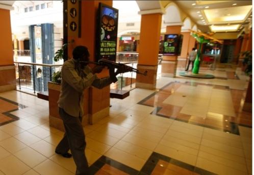 terrorista en shopping de kenia