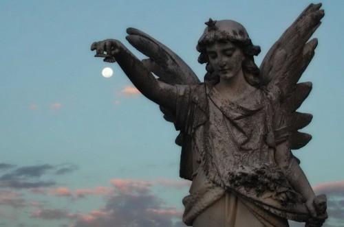 estatua-de-un-angel-183873