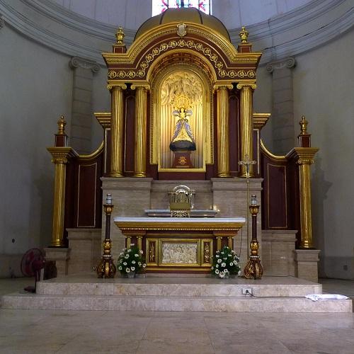 altar de la iglesia de malate