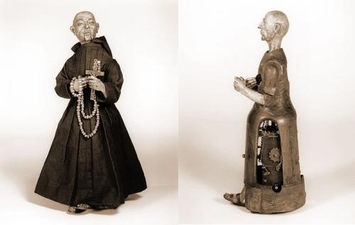 san didacus vestido y con engranajes