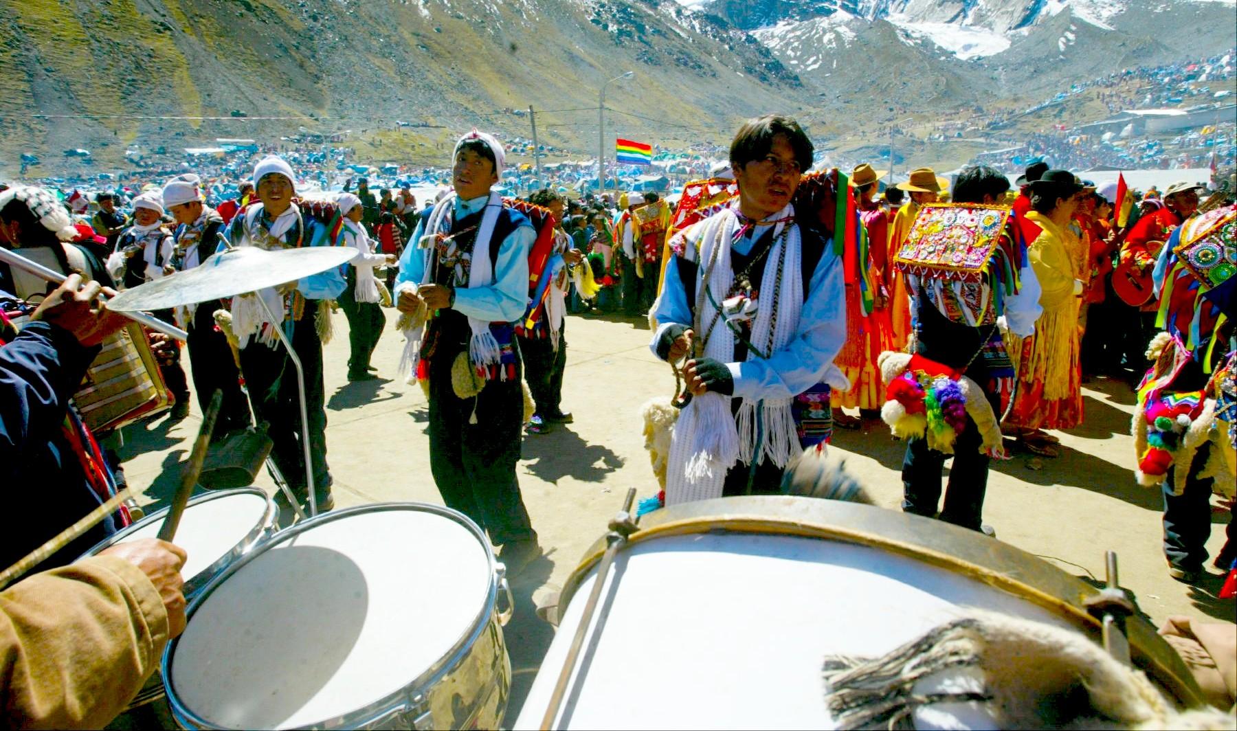 Festividad del Señor de Qoyllorit'i, gran Peregrinación en el Cusco, Perú (Pentecostés)