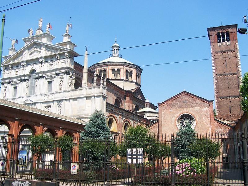 Santa María del Milagro junto a San Celso, la Virgen se Mueve, Italia (30 dic)