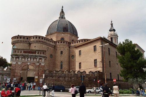 basilica de loreto