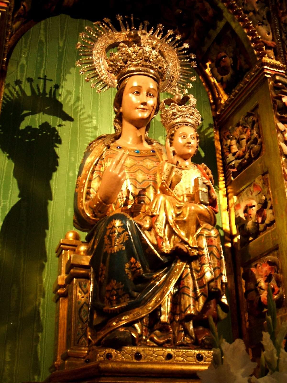 Protectora Contra los Musulmanes: Virgen de la Esperanza de Logroño, España (18 dic)