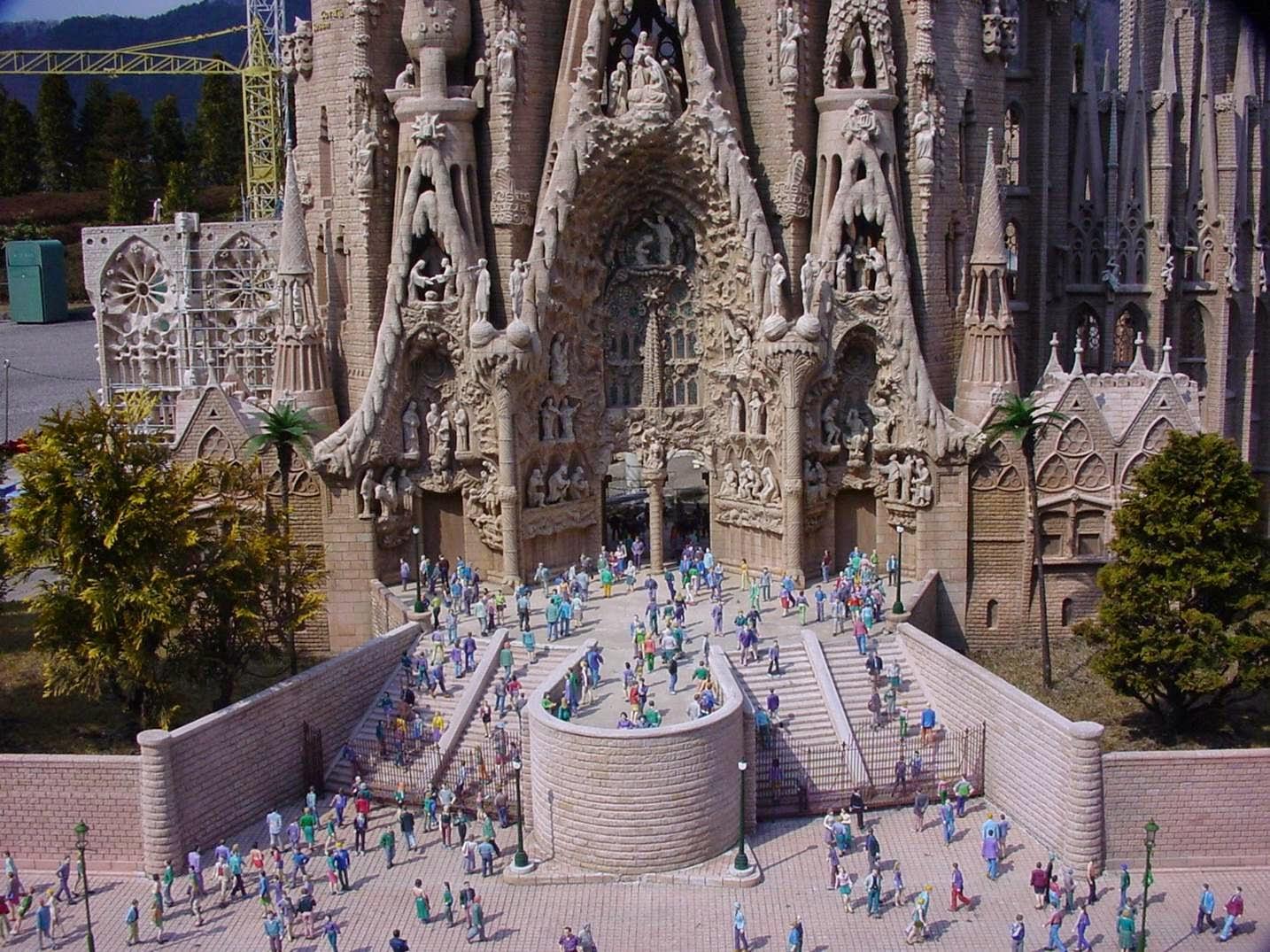 Una Maravilla del Mundo: La Sagrada Familia de Gaudí en Barcelona