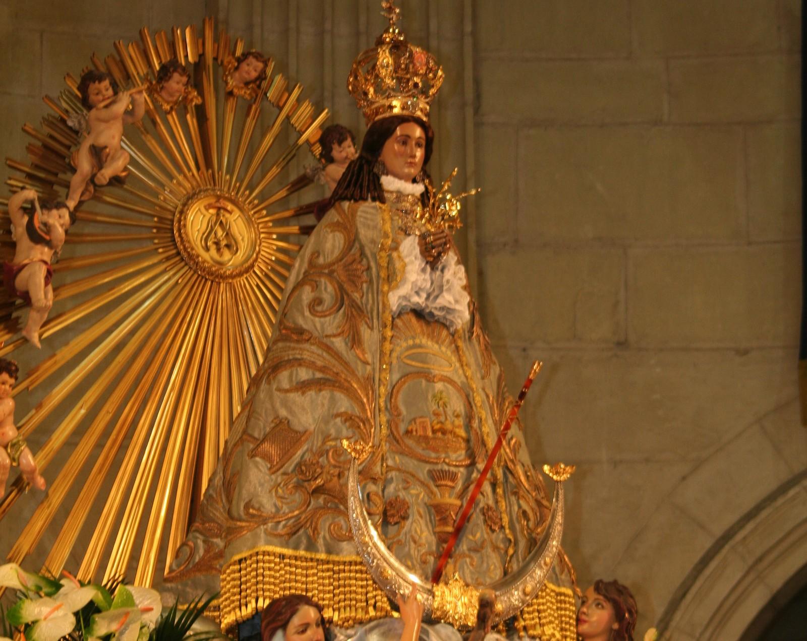 Nuestra Señora del Castillo de Yecla, la Gran Intercesora, España (8 dic)