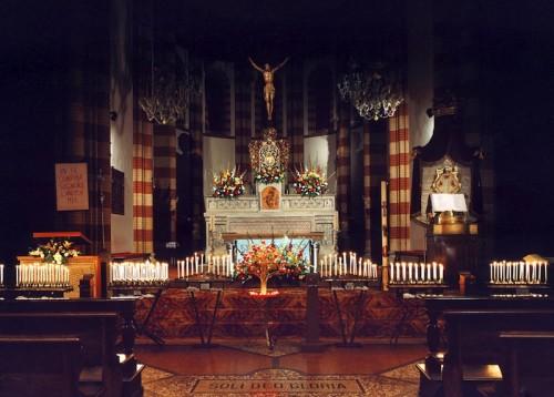 interior iglesia de piumazzo