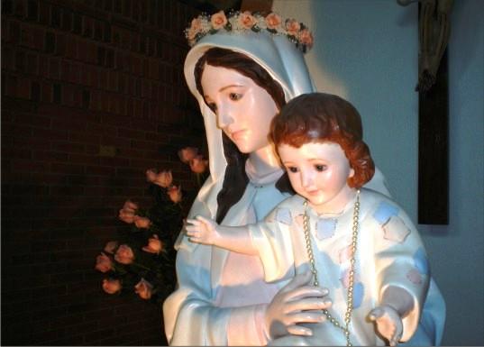 Madre de la Divina Gracia de la Rosa de la Paz, María da una Misión, Colombia (13 dic)