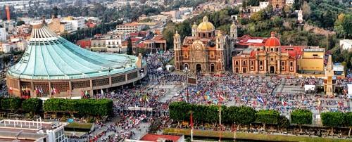 plaza del zocalo fondo basilica guadalupe