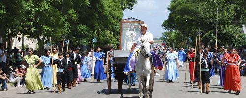 procesion de la virgen de itati ansina