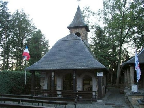 Chapelle_des_Apparitions_Chapel_of_Apparitions_Banneux