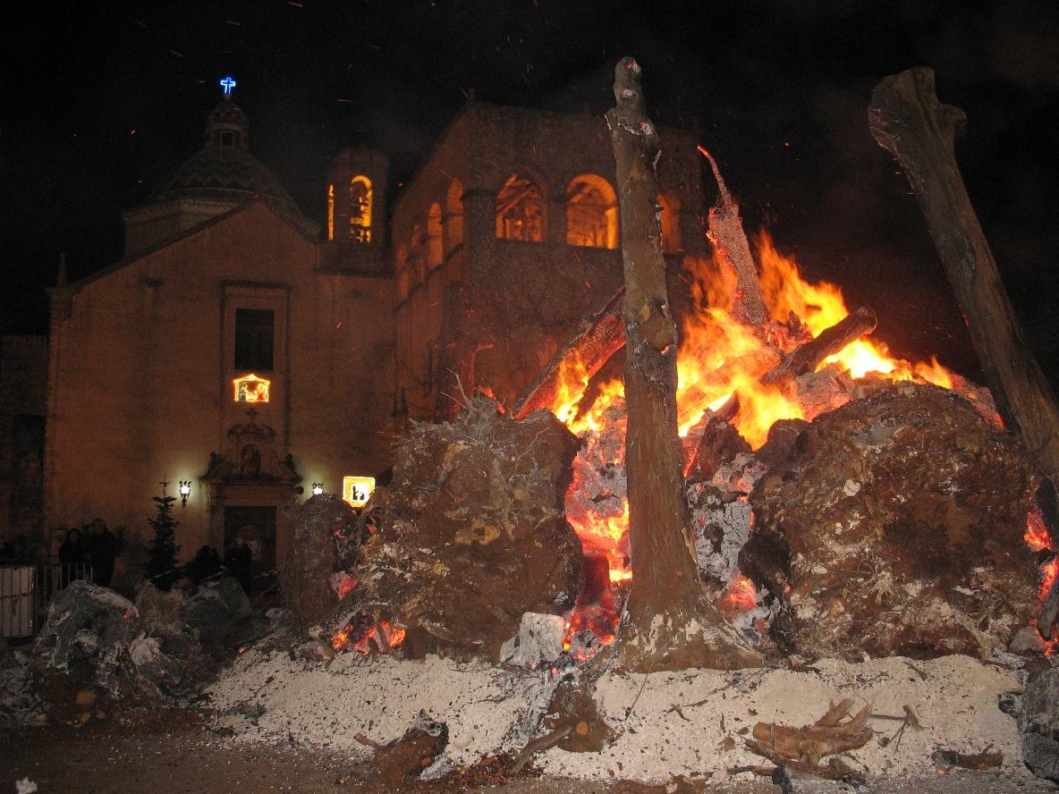 Virgen de la Vetrana Ordena a la Peste que Retroceda, Italia (11 ene)