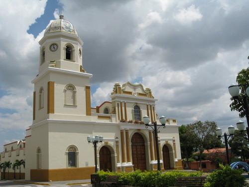 iglesia de sanra rosa de la divina pastora