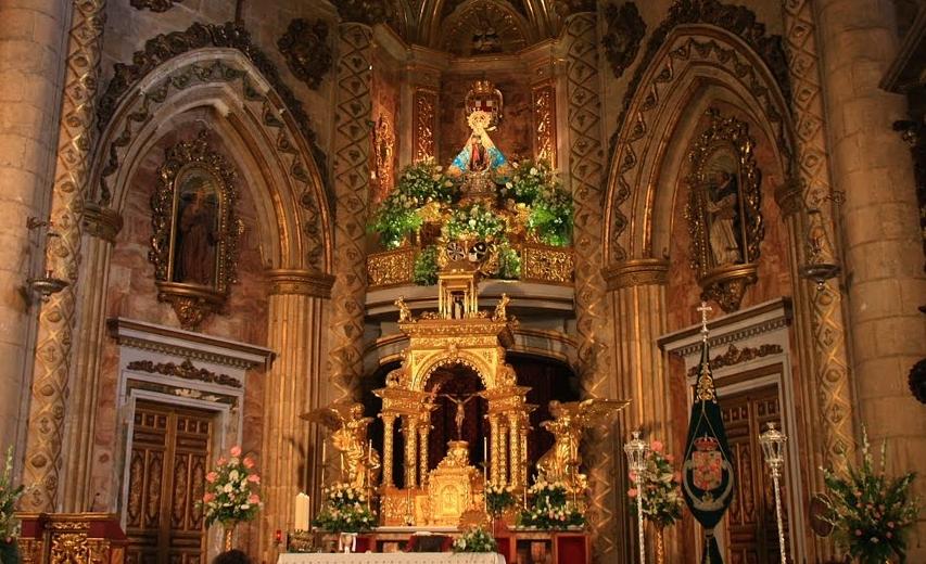Virgen del Mar de Almería, vino Montada en Nubecita, España (3º dom ene, 4º ago)