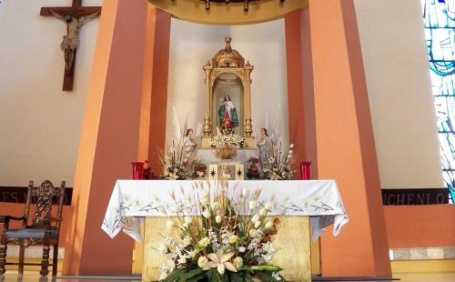 Altar del Santuario Virgen de la Esperanza en Jacona (Israel López Ruiz)
