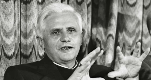 Joseph Ratzinger en conferencia