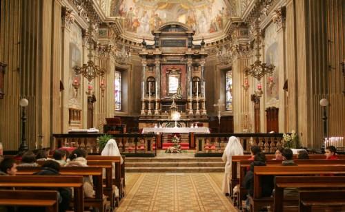 Santuario-madonna-delle-lacrime-treiglio-bergamo-chiesa-parrocchia-interno
