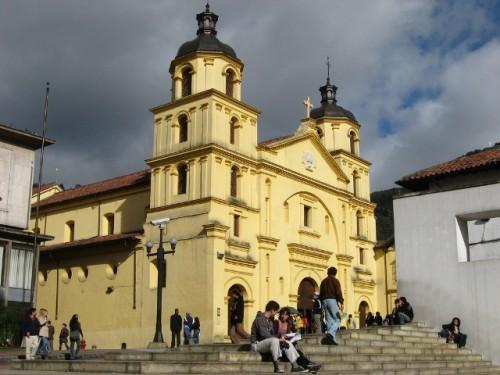 basilica menor medellin candelaria