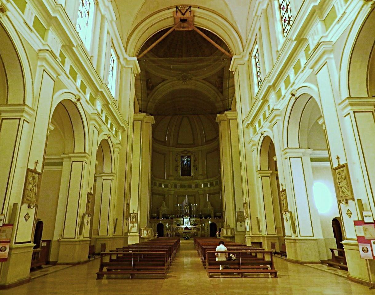 Nuestra Señora de los Remedios de Palermo, Cura una Epidemia, Italia (27 feb, 8 sep)