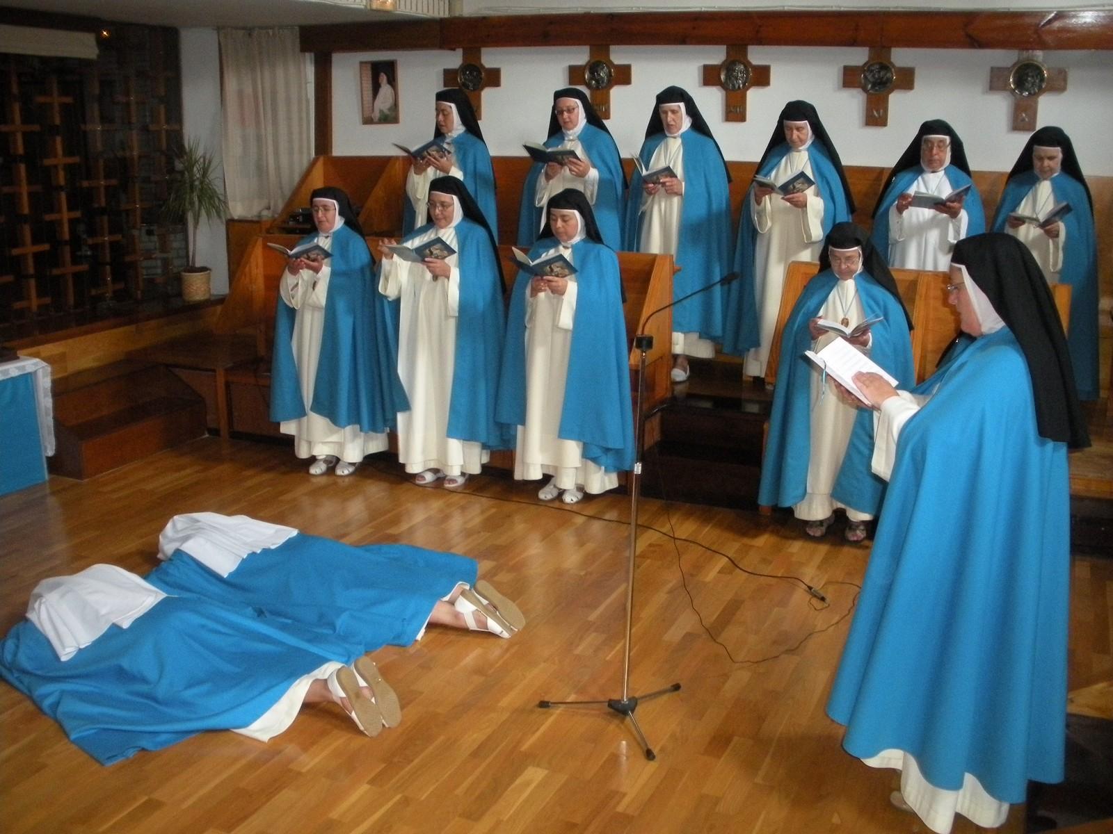 Nuestra Señora del Buen Suceso, Aparición referida a la Pasión de la Iglesia, Ecuador (2 feb)