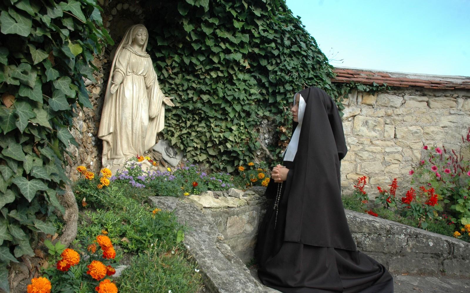 La vida de la Vidente de Lourdes: Santa Bernardita Soubirous, Francia (11 de febrero)