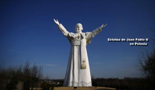 Estatua de Juan Pablo II en Polonia