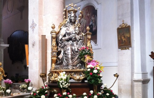 estatua de ns de andria