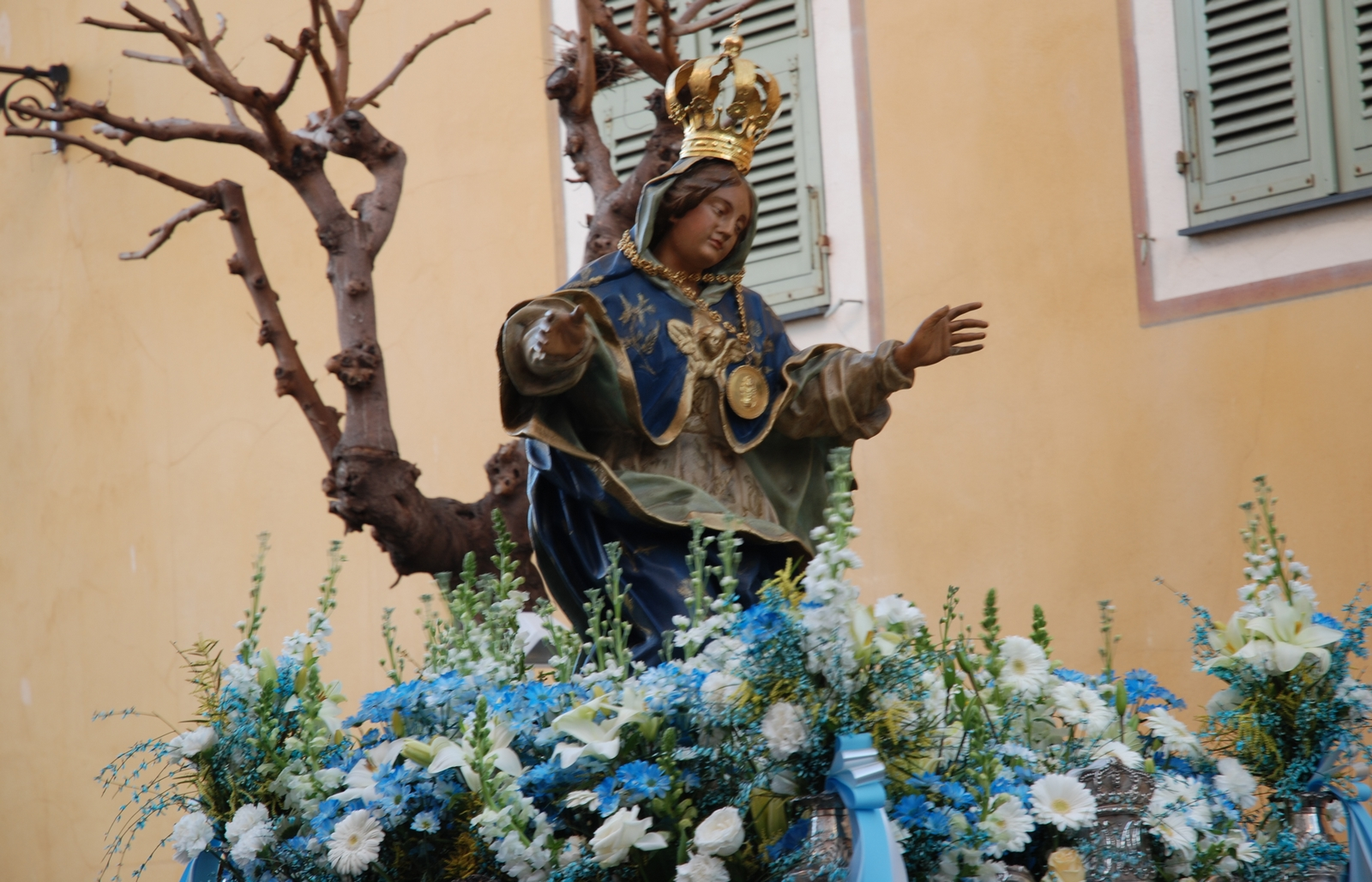 Nuestra Señora de la Misericordia de Ajaccio, la Devoción de Napoleón, Francia (18 mar)
