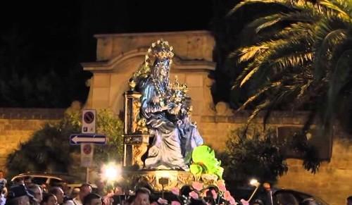 procesion miracolo andria