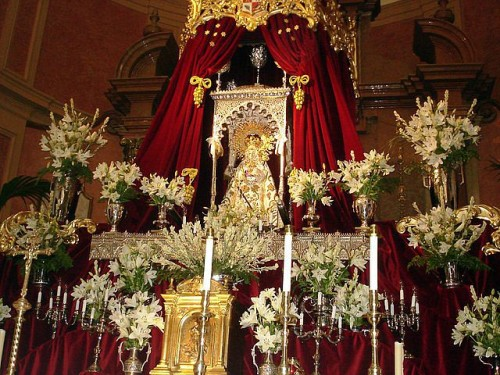virgen de gador en la iglesia de berja
