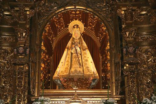 virgen en el santuario-de-el-castanar