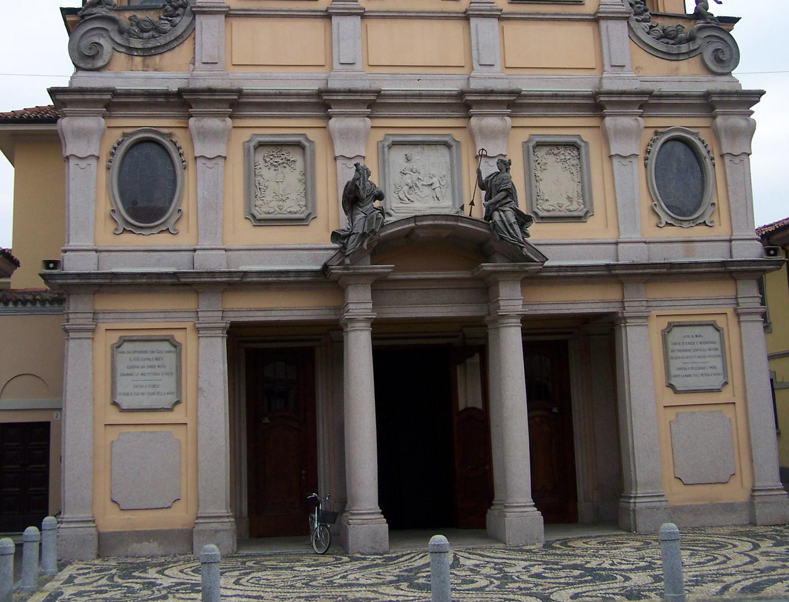 El Niño Jesús Bajó del Cuadro para Jugar: Nuestra Señora de los Milagros de Corbetta, Italia (17 abr)