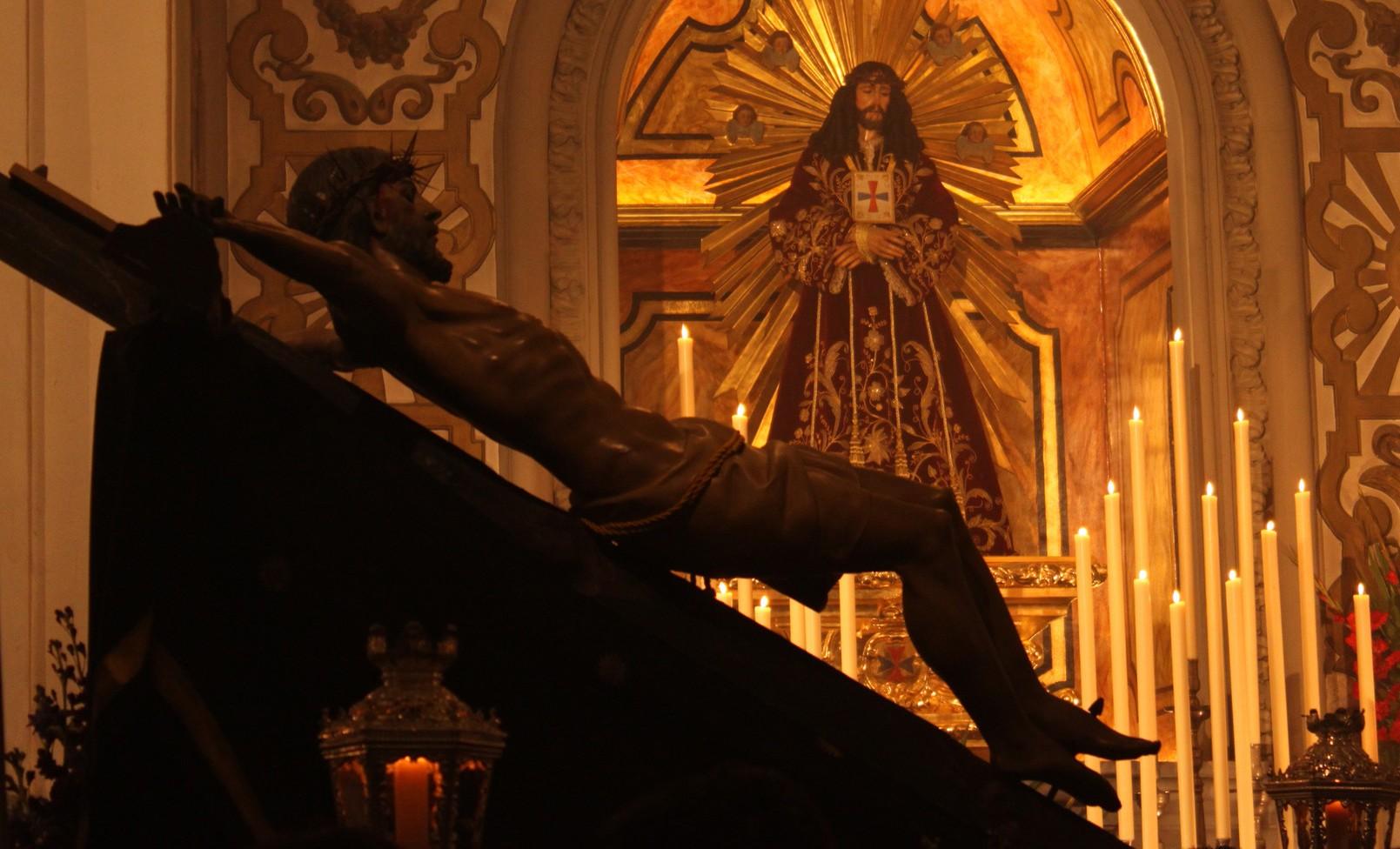 Qué Sucede en el Sábado Santo y en la Vigilia Pascual
