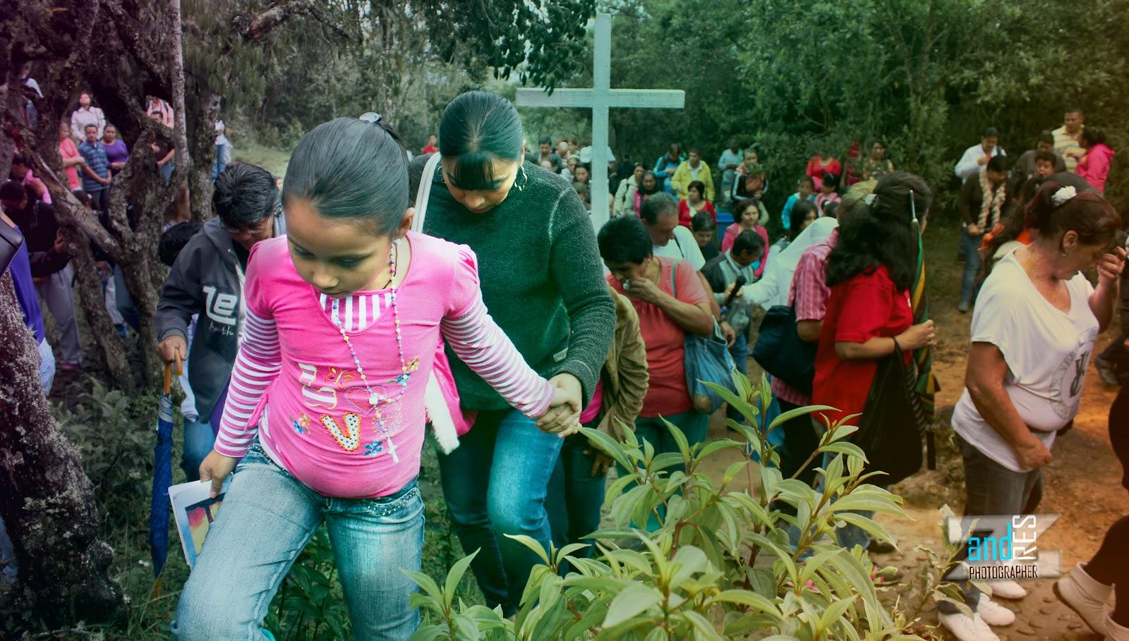 María Santificadora, una Aparición Reciente, Colombia (10 abr)
