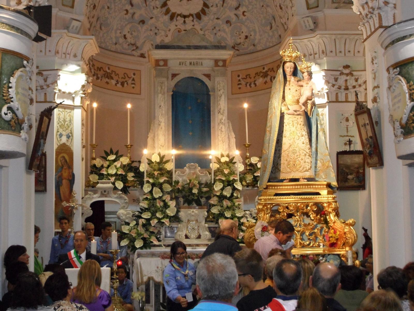 María de la Gracia de Torre Ruggiero, apareció para Sanar, Italia (17 abr)