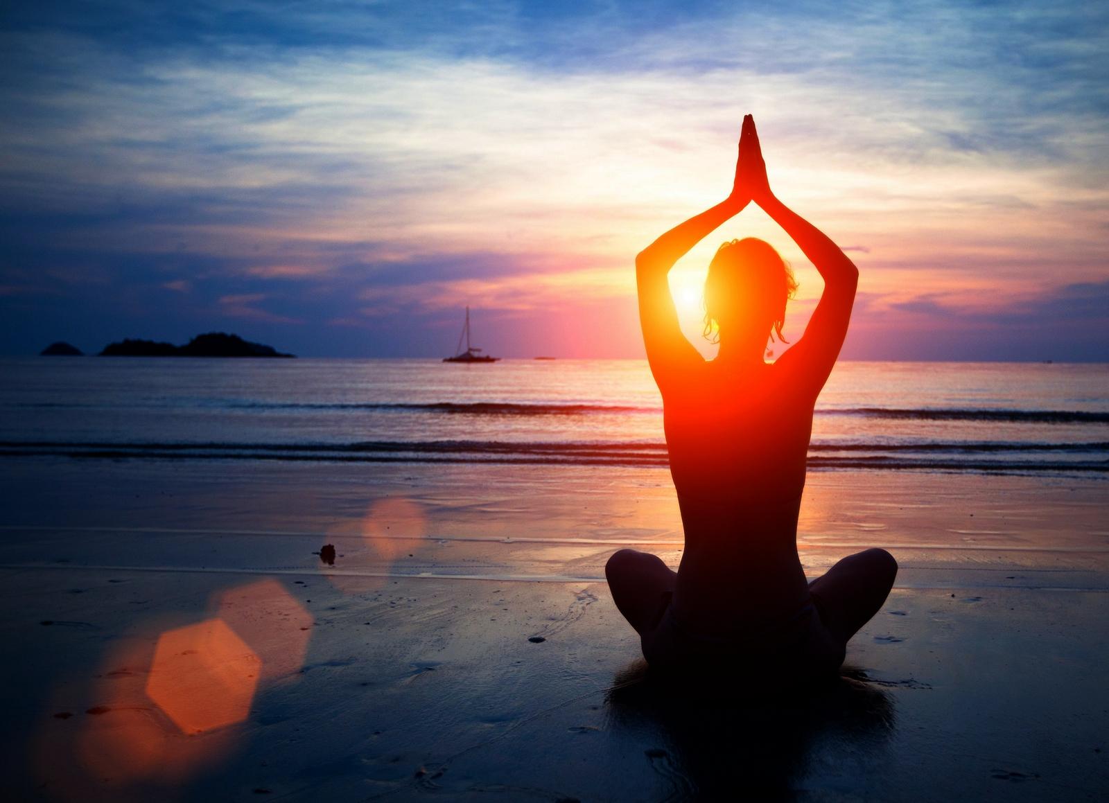 Cómo debemos Considerar el Yoga Desde una Perspectiva CATÓLICA