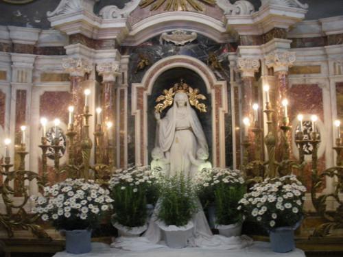altar de madonna arcola
